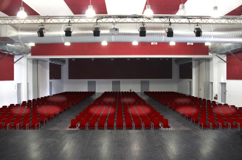 Salle Pascal Obispo, La Lande-de-Fronsac, agencéa architectes