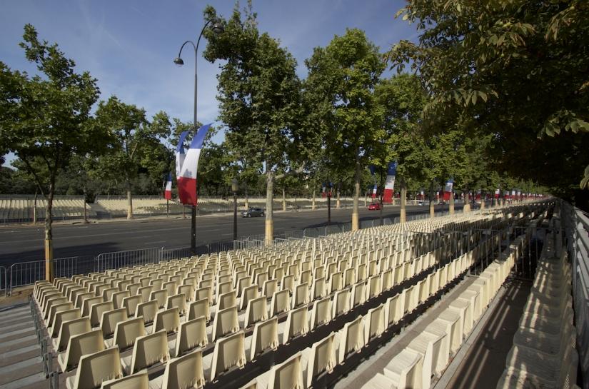 Tribunes invités Champs Elysées
