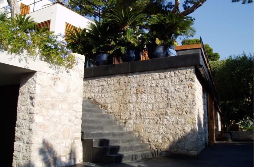 Rénovation Villa Cap Martin, architecture intérieure, jardin, création garage