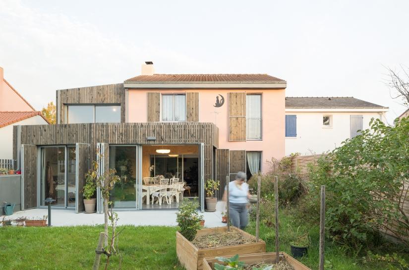Chez Claude - Vue depuis le jardin