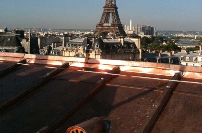 Rénovation toiture cuivre immeuble haussmannien Paris 8
