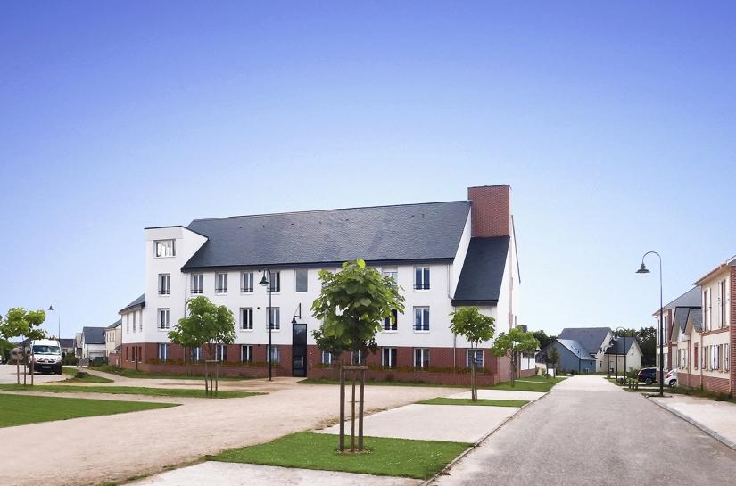 LOGEMENTS H&E - FRANQUEVILLE-SAINT-PIERRE : immeuble collectif  11 logements