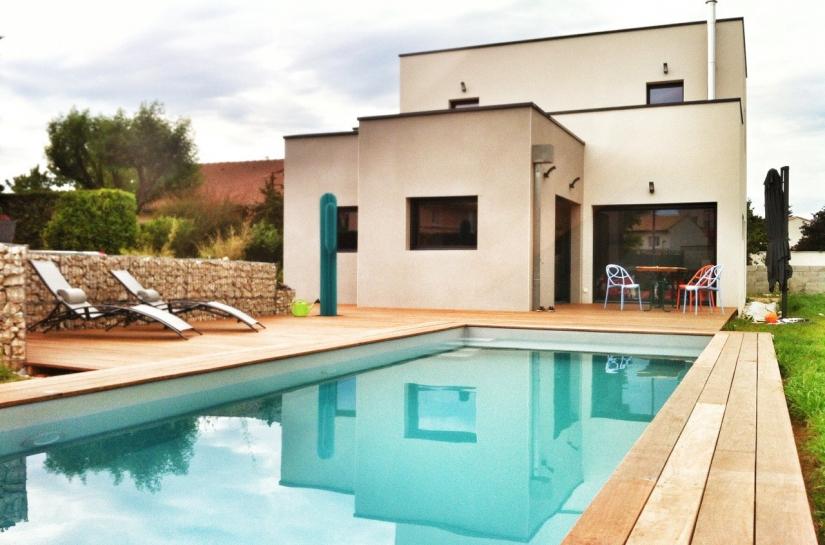 Maison contemporaine Ardèche avec piscine