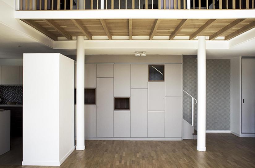 mezzanine bois et métal blanc