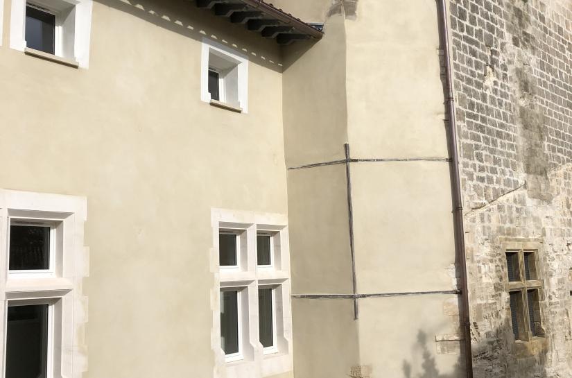 Vue façade sur cours - après travaux