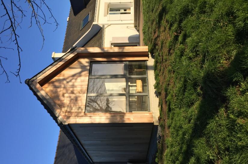 extension bois, bardage Red Cedar lumineux