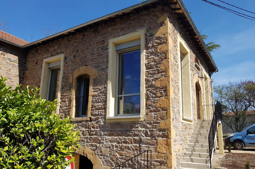Rénovation d'une grange en Maison Passive - Façade pierres et grande ouvertures