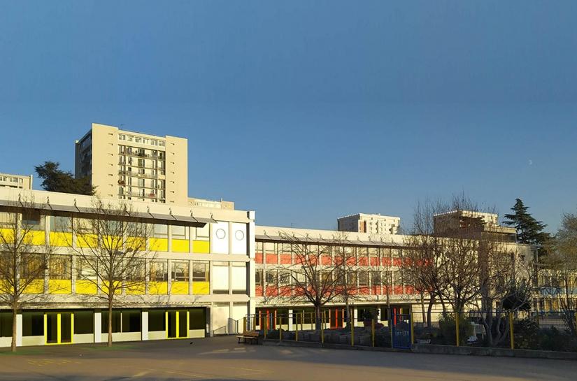 Fermeture des préaux groupe scolaire Pasteur