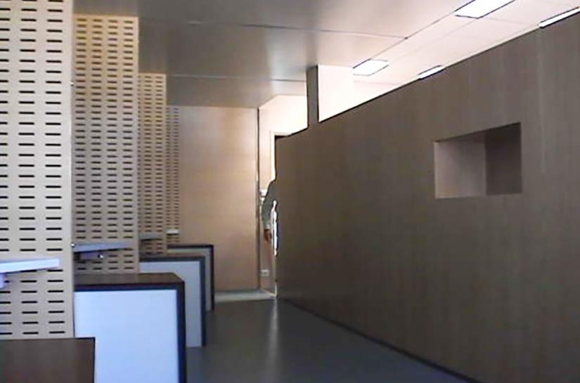 Le  meuble écran Réaménagement des Caisses hôpital de Gonesse.