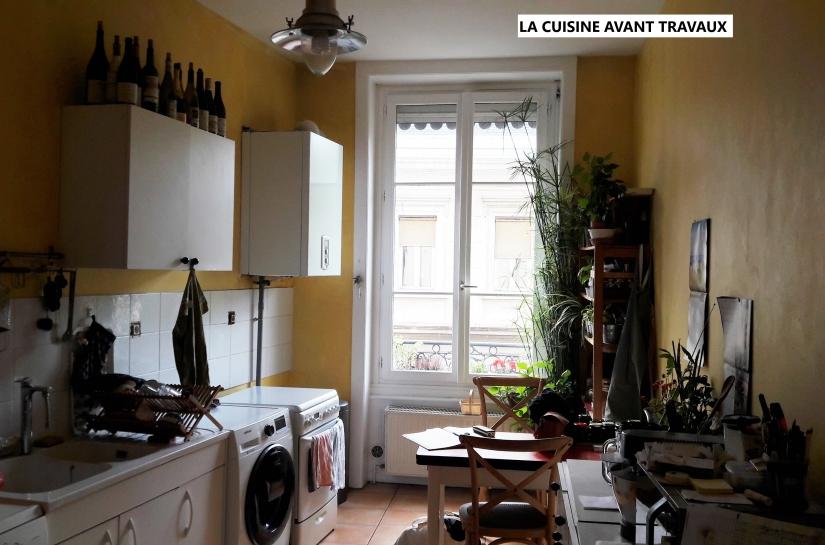 L'ancienne cuisine: le chauffe-eau obstruait la circulation de la lumière, et nuisait à l'esthétique