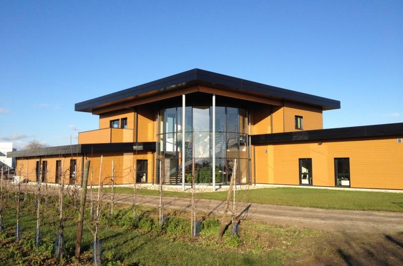 Bâtiment de 800 m2 - Montant des travaux : 750 000 € HT