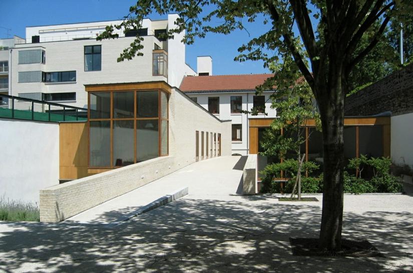CFA ET LYCEE HOTELIER BELLIARD  - PARIS XVIIIème : vue sur le jardin