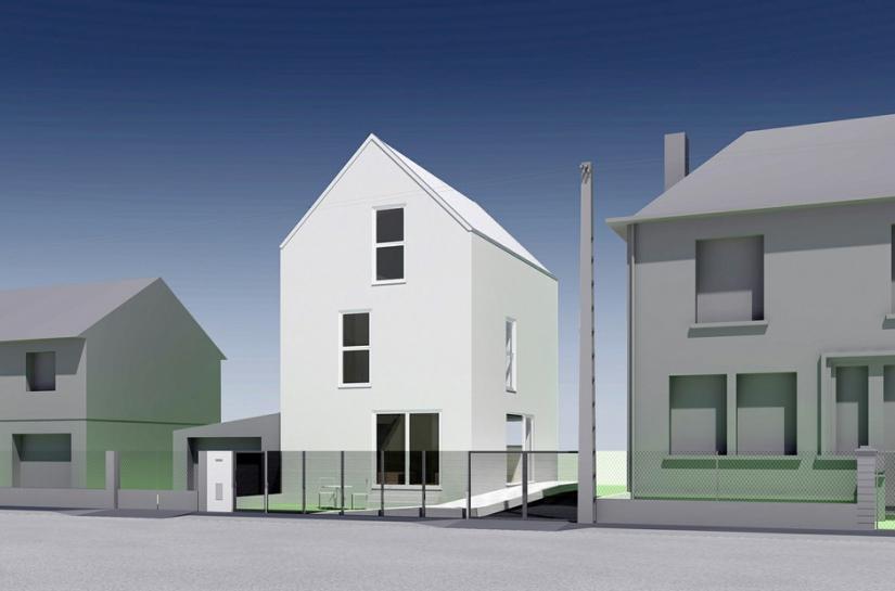 Plutôt que de continuer l'alignement rigide de la rue, la maison s'installe à 90° par rapport à la rue. Elle ouvre celle-ci sur la richesse des jardins arrières et rompt sa grise monotonie par son élancement.